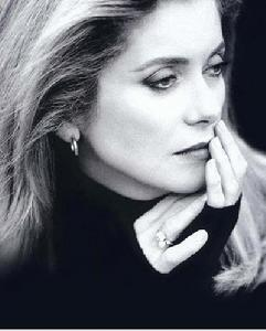 A woman has to be intelligent, have charm, a sense of humor, and be kind. It's the same qualities I require from a man. -- Catherine Deneuve